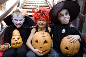 How to Remain Safe While Trick or Treating